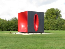 Secional Body preparing for Monadic Singularity | Anish Kapoor @ Star Grove Versailles