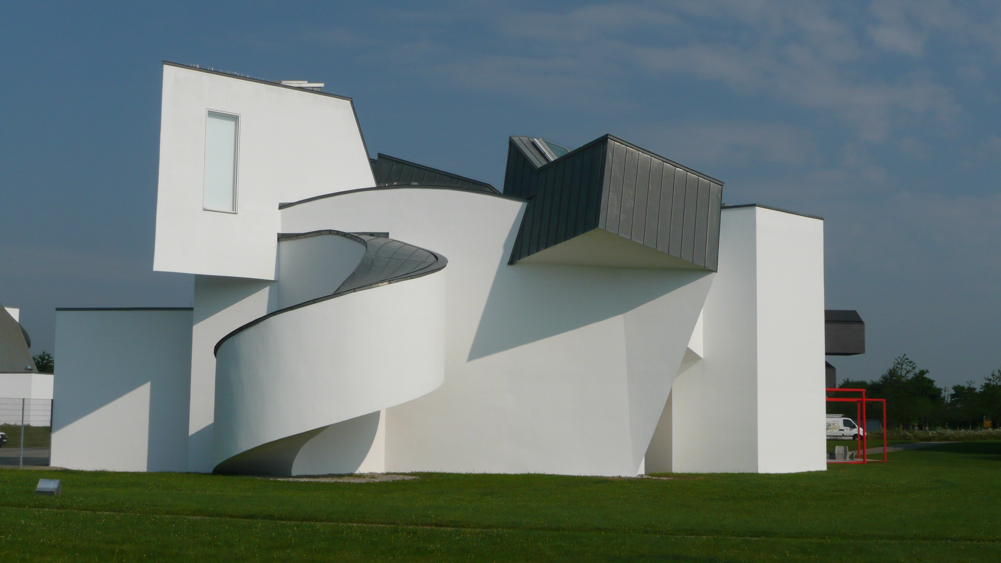 vitra design museum campus vitra weil am rhein frank gehry archeetah. Black Bedroom Furniture Sets. Home Design Ideas